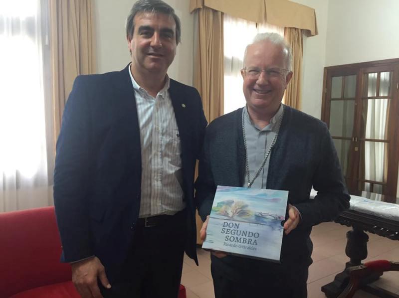Durañona con el nuevo obispo de Zárate-Campana monseñor Pedro María Laxague