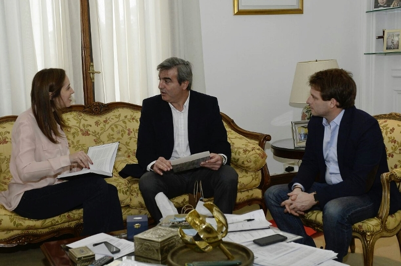 Durañona con la Gobernadora M. Eugenia Vidal