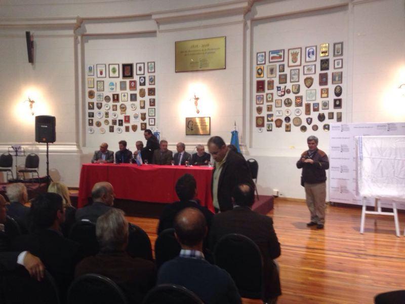 Muestra en homenaje a Juan Manuel Fangio