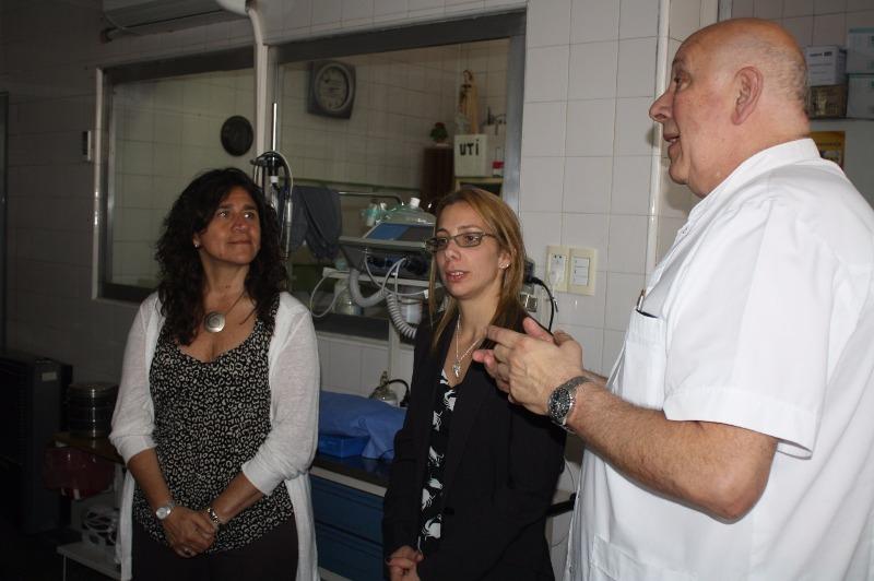 Dir. del Hospital Zerboni Dr. Sergio Abal, Co-directora del Hospital Dra. Rosales y Zulma Ortíz Ministra de Salud provincial