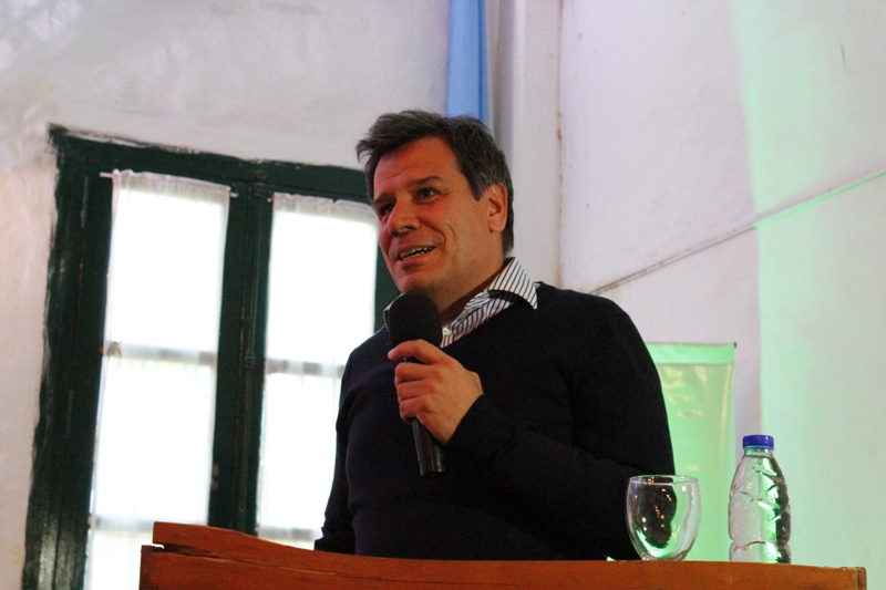 Dr. Facundo Manes