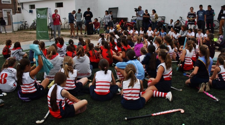 Playón Deportivo del Gimnasio Municipal Santiago Luján Saigós