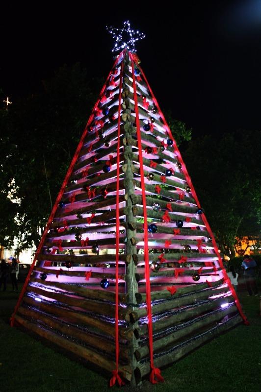 Árbol de Navidad de la Plaza Ruíz de Arellano