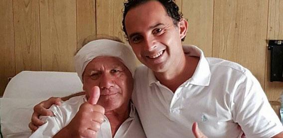 Dr. Horacio Rivera con el paciente